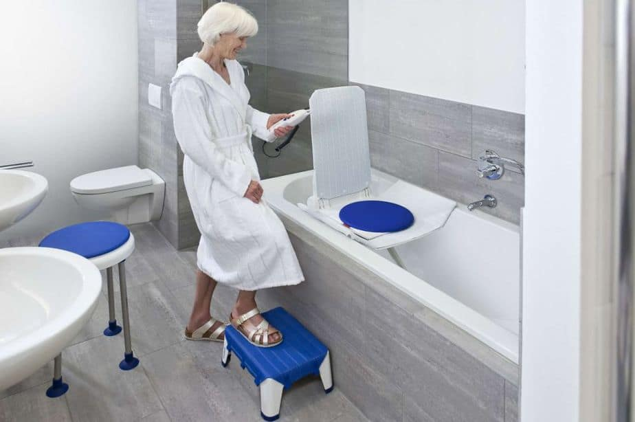 6 Best Bathroom Lift Chairs 2017-2018 - Elderly Care Systems