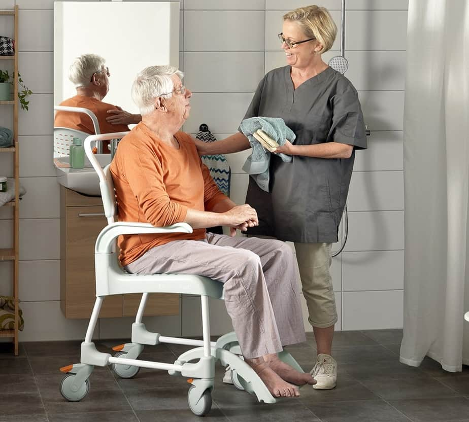 Reclining Shower Chairs with Wheels