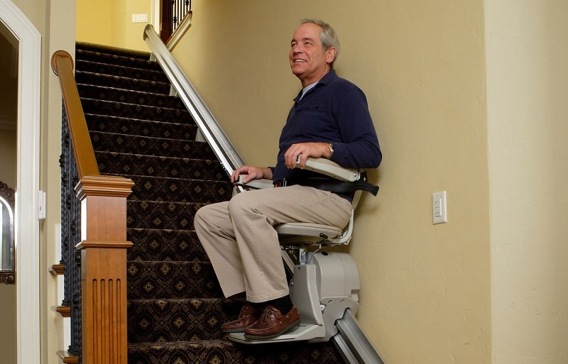 5 Best Stair Lifts for Seniors and Disabled 2020
