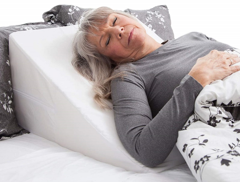 """24/""""*21/""""*8/"""" Elevating Bed Wedge Foam Leg Rest Wedge Positioner Back Pain Pillow"""